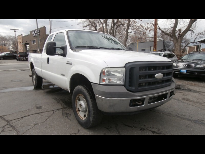 2005 Ford F-250 XLT SuperCab Long Bed 4WD